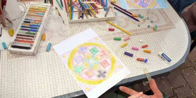 creativita-mandala-daniela-iacchelli-psicoterapeuta-bologna-101-640x321 Mandala Pasqua 2011