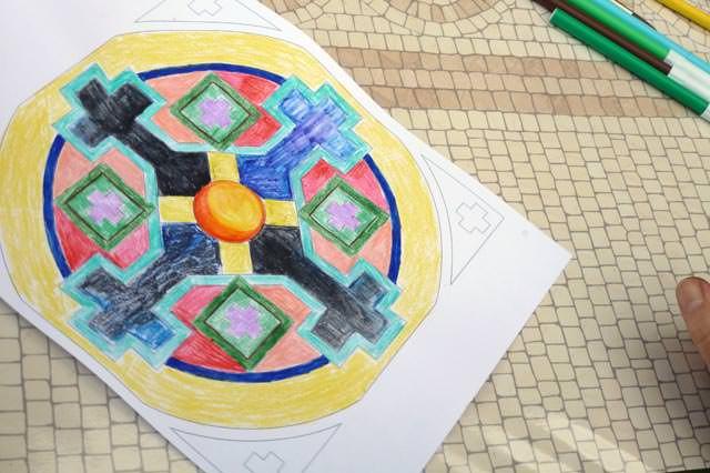 creativita-mandala-daniela-iacchelli-psicoterapeuta-bologna-107 Mandala Pasqua 2011