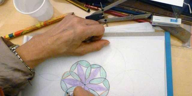 creativita-mandala-daniela-iacchelli-psicoterapeuta-bologna-44-640x321 Forme e Geometrie Sacre 2012